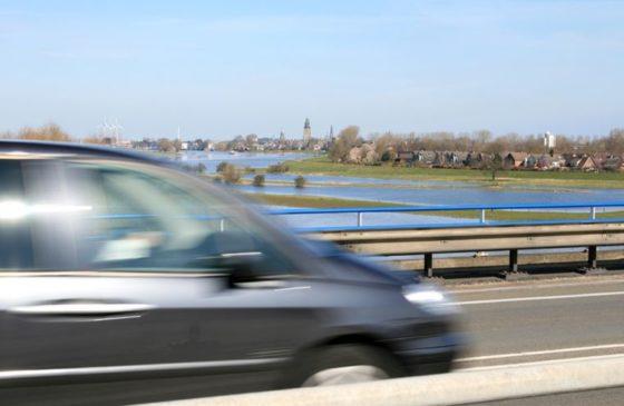 Kennismigranten gevaar op de weg