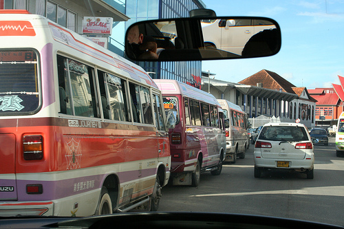 Surinaamse politie legt verkeer plat