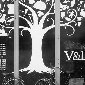 FNV houdt valentijnsactie bij V&D