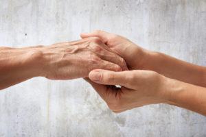 Waarom werkgevers zich zorgen moeten maken om mantelzorgers