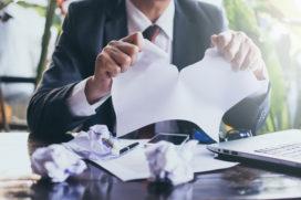 Herschrijf de bejaarde arbeidsovereenkomst