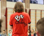 Be the change: 'over de streep'