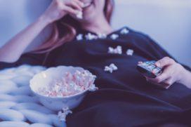 Junkfood of tv: 40 procent werkenden is 'verslaafd'